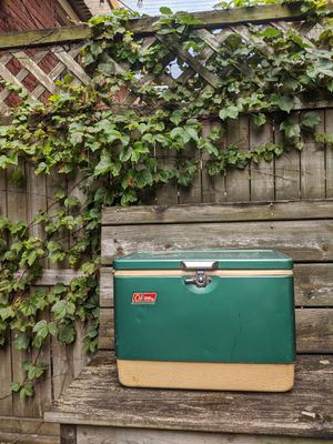 Classic Coleman Cooler for Sale in Pittsburgh, PA