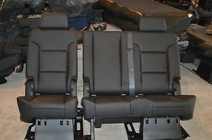 07-18 Chevy Tahoe 2nd row seats. for Sale in Houston, TX