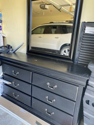 Dresser for Sale in Oroville, CA