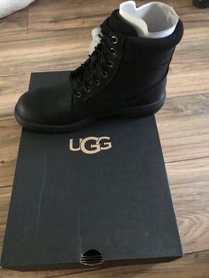 Men ugg boots size 8 black for Sale in Camden, NJ