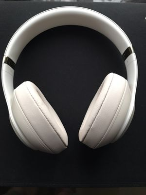 Rose Gold Studio 3 Beats for Sale in Los Angeles, CA