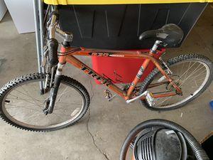 Trek 830 Mountain bike.. for Sale in Las Vegas, NV
