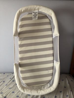 Swaddle me Co sleeping bassinet baby bed for Sale for sale  Brooklyn, NY