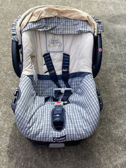 Free Baby Car seat for Sale in Milwaukie,  OR