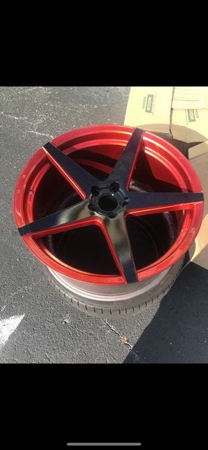 "22"" wheels red and black for Sale in North Miami Beach, FL"