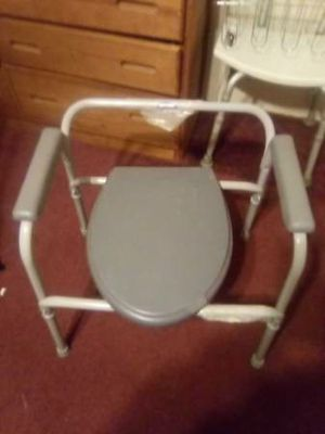 Bathroom shower chair or bedside commode for Sale in Hensley, AR