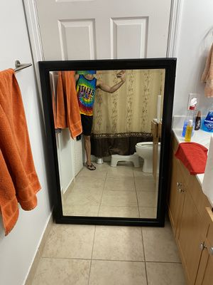 "Mirror Black Frame (3"") . Mirror is 55"" x 39 "" for Sale in Miami, FL"