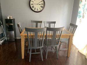 Table and 6 chairs for Sale in Diamond Bar, CA