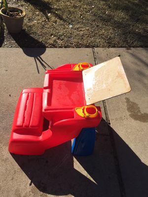 Kids desk for Sale in Round Rock, TX