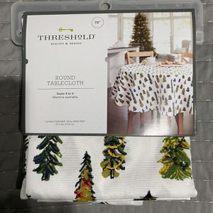 Threshold Holiday Round Tablecloth for Sale in Carson, CA