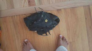 right handed baseball glove for Sale in Marietta, GA