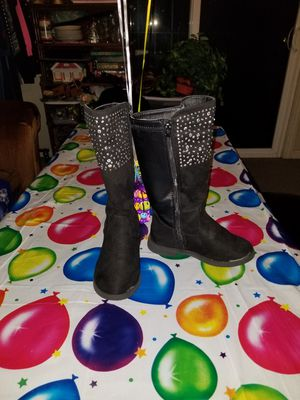 Girls toddler boots size 11 for Sale in Stockton, CA