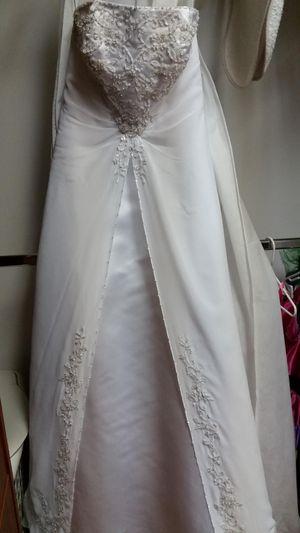 WEDDING DRESS for Sale in Lake Worth, FL