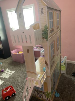 Barbie house for Sale in Commerce City, CO
