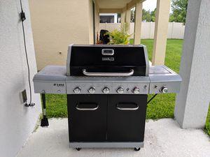 Gas BBQ grill for Sale in Orlando, FL