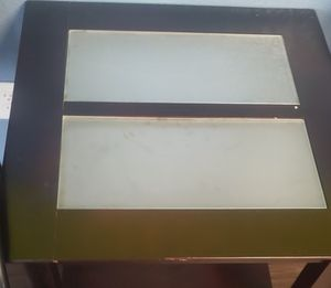 End tables n coffee table for Sale in Fresno, CA