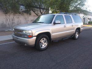 2005 Chevy Suburban Z71 Gorgeous for Sale in Phoenix, AZ