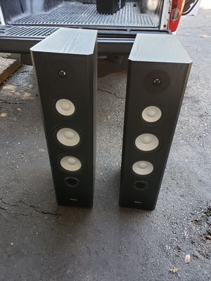 Axiom M60 and center channel for Sale in Cohasset, CA