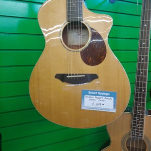 Breedlove passport Acoustic Electric Guitar for Sale in San Marcos, TX