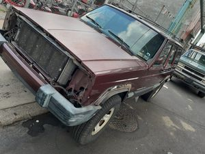 01 jeep for parts 500 takes all today for Sale in Philadelphia, PA