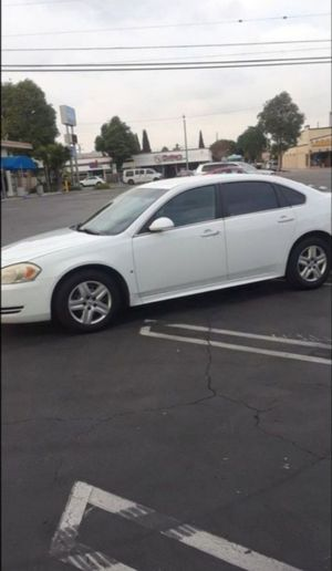 2010 CHEVY IMPALA WhITE VERY CLEAN IN AND OUT VERY SMOOTH RIDE MUST COME SEE AND TEST DRIVE CLEAN TITLE for Sale in South Gate, CA