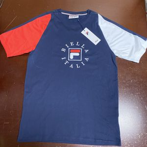 FILA AUTHENTIC TSHIRT MEN'S CREW NECK SHORT SLEEVE ALL OMERO TEE SIZE M NAVY for Sale in Mechanicsburg, PA