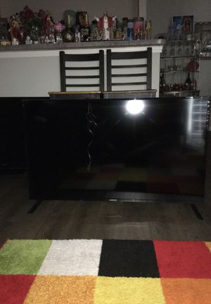 Element TV 50'inch smart TV for Sale in Houston, TX