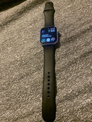 Apple Watch 4 44 cellular for Sale in Minneapolis, MN