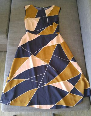 Size 0-2 Ann Taylor dress for Sale in Miami, FL