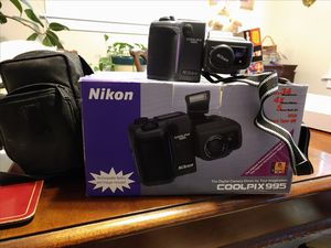 Nikon Coolpix 995 digital camera for Sale in Charlestown, RI