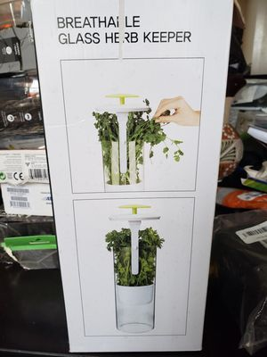 Keeper and Herb Storage Container – Extra Large Glass Design Keeps Greens and Vegetables for Sale in Los Angeles, CA
