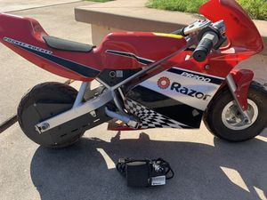 Electric razor pocket rocket for Sale in San Fernando, CA
