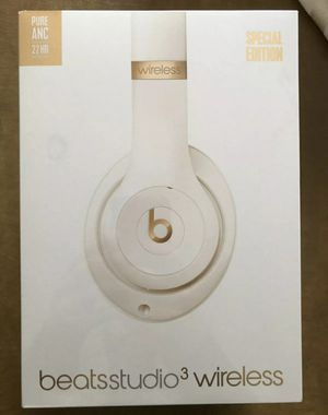 Beats Studio 3Wireless Headphones Porcelain Rose for Sale in Fresno, CA