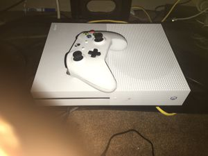 Xbox one S 1tb for Sale in Fresno, CA