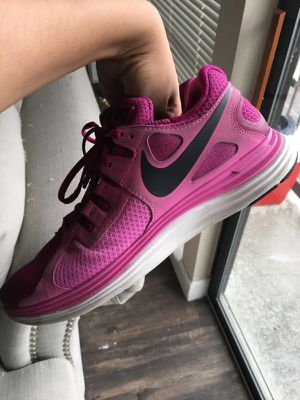 Pink Nike's for Sale in Austin, TX