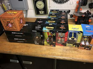Cable guys Game Controller Holders for phones & video gaming system controllers for Sale in Spring Valley, CA
