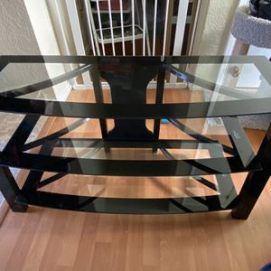 TV Stand- Perfect Condition! for Sale in Monroe, WA