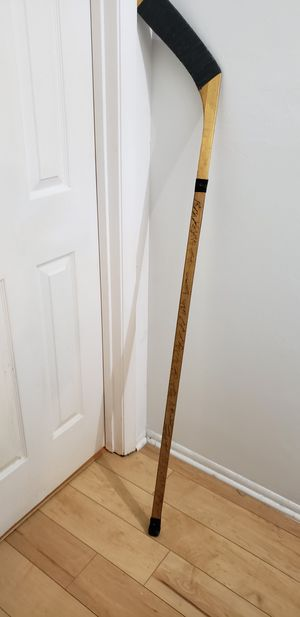 Signed Northland hockey stick by 22 players for Sale in Fort Myers, FL