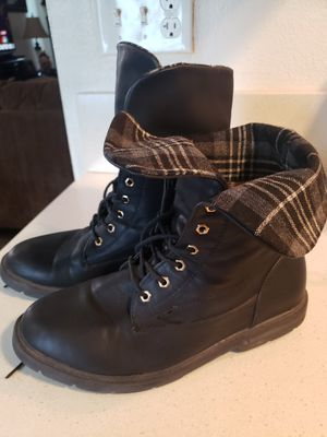 BLACK BOOTS CORTAS SIZE 10 for Sale in San Diego, CA