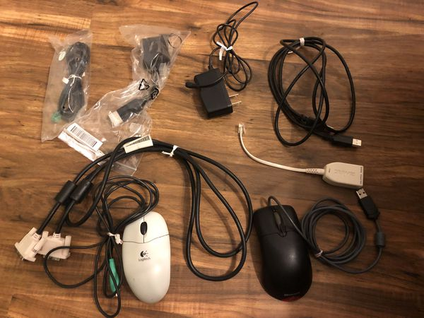 Electronic accessories bundle - mouse, Ethernet, printer cable, VGA