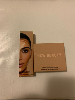KKW BEAUTY for Sale in Modesto, CA