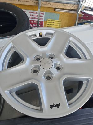 Brand New 2020 Jeep Gladiator set of 17 inch rims for Sale in Kenneth City, FL