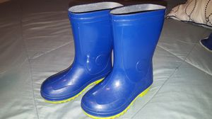 Kids rain boots size 9c for Sale in Houston, TX