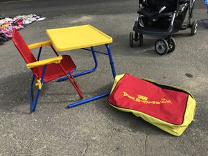 Kids desk for Sale in Danbury, CT