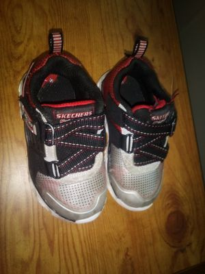 Boy's Toddler Size 7 Light Up Skechers for Sale in Lake Hallie, WI