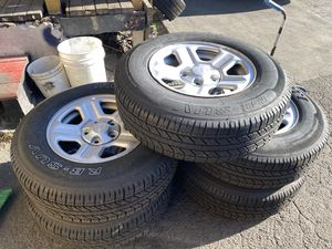 5- almost New Set of IRONMAN s 225/75/16w/ Jeep Wrangler OEM 2019 Wheels for Sale in Lennox, CA