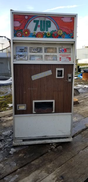 Dixie narco 7 up machine for Sale in Kalamazoo, MI