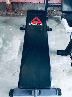 EXCELLENT! Reebok Pro Flat Training Bench Workout Bench Home Gym Bench Press for Sale in Newark, CA