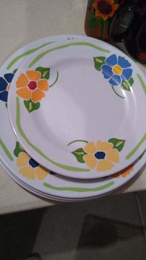 Plate set for Sale in Victorville, CA