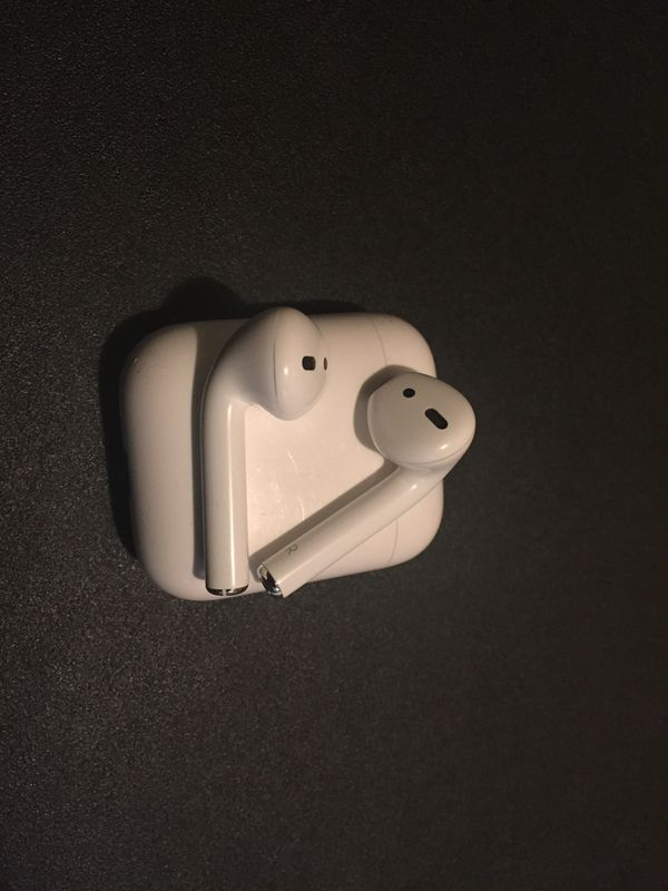 Apple AirPods !